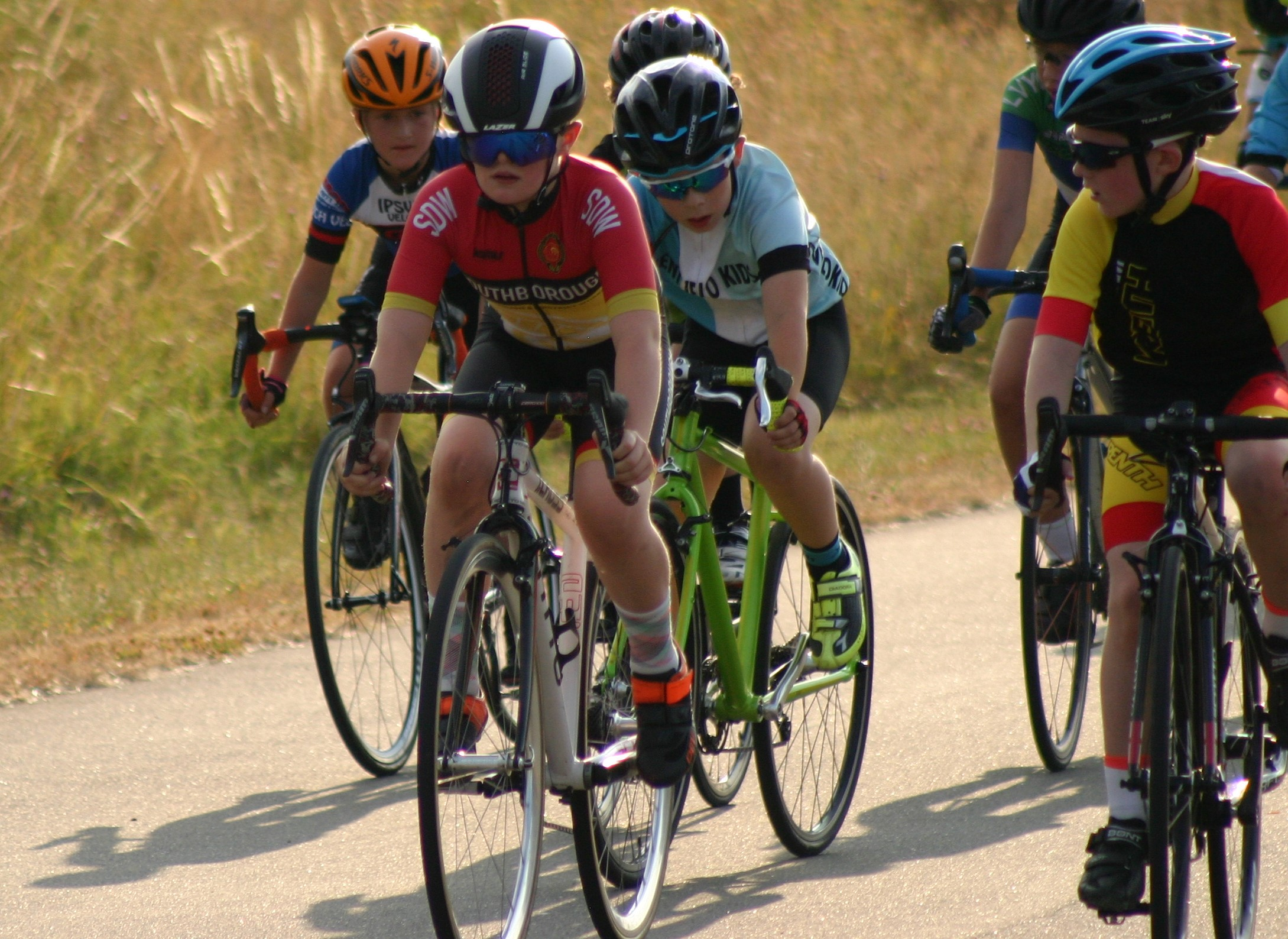 Abbey hanging for the bunch sprint at the Cyclopark championships in 2018, coming second overall